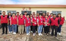 阿旗爱心家园志愿者协会8月份敬老院慰问