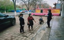 """赤峰元宝山农商银行向阳分理处到""""爱心餐厅""""献爱心活动"""