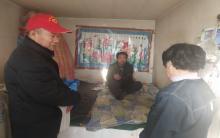 内蒙古青年志愿者协会慰问赤峰市困难群众